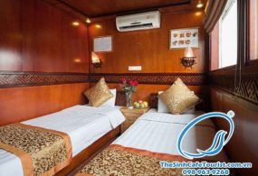 Du Thuyen Golden Bay Cruise Ha Long