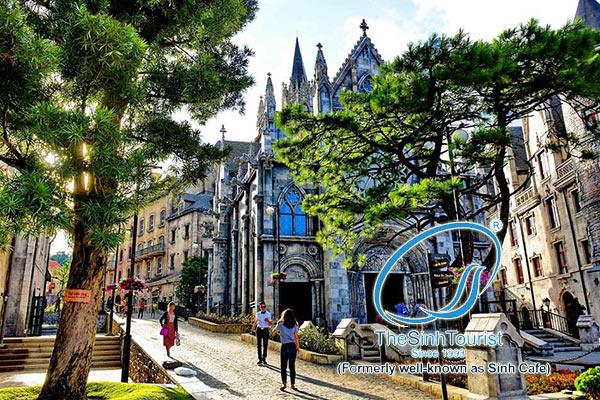 Tour du lịch Bà Nà Hills nhà thờ đá