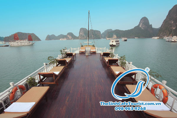 tour-du-lich-du-thuyen-Majestic-Halong-Bay-Cruise