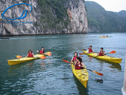 cheo-thuyen-kayaking- ha-long