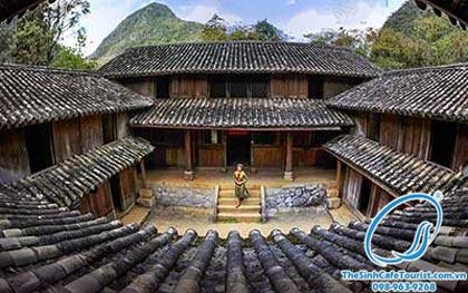 dinh thứ nhà thờ họ Vương Tour The Sinh Cafe Tourist đi Hà Giang lịch trình siêu hấp dẫn